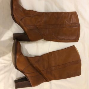 Michael Kora tan leather boots